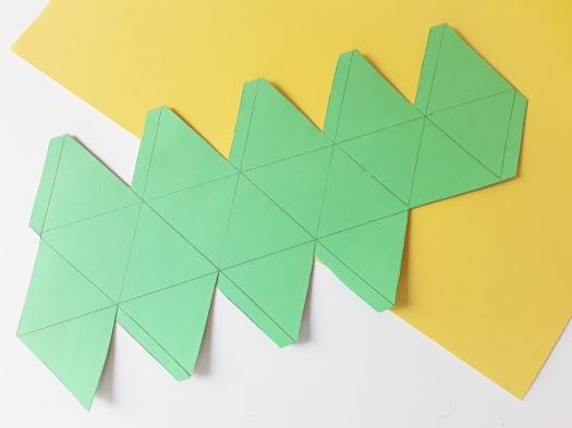 Papier Faltboxen DIY_ Faltkörper ausgeschnitten